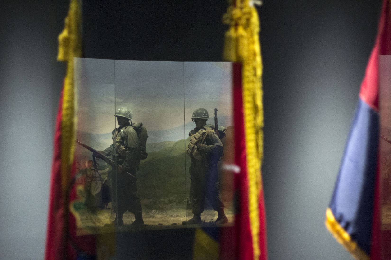 Reflection, South Korean soldiers, flags, march, Korean War